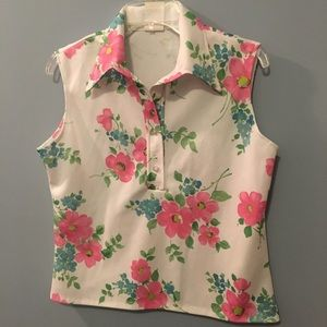 Tops - Really sweet polyester sleeveless top🌸